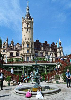 Шверинский замок (Schwerin Schloss)